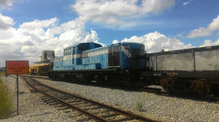 DD-51 2200HP LOCOMOTIVE